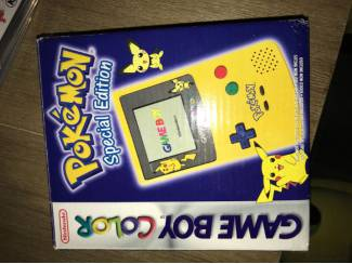 Game boy colour pikachu editie mint inside