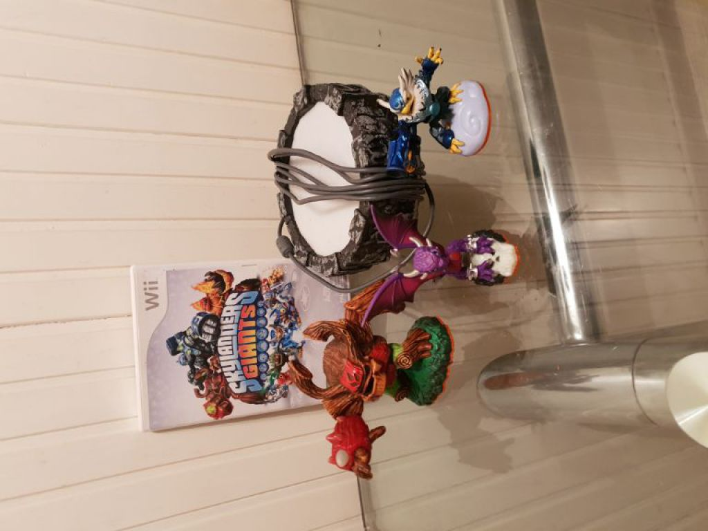 Skylanders Giants spel