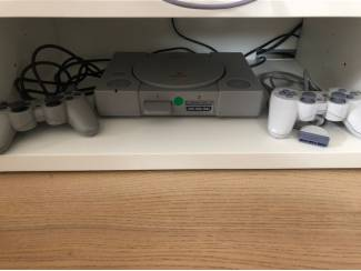 Sony Playstation PlayStation 1 + games